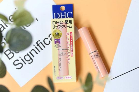 日本 DHC 蝶翠诗 橄榄护唇膏 天然植物无色润唇膏 持久保持滋润 1.5g/支